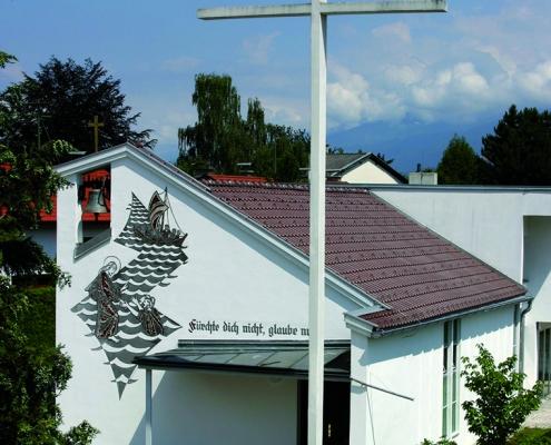 Völs Kreuzkirche