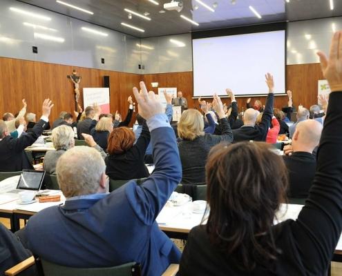 Abstimmung bei Synode